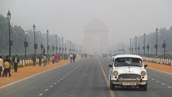 Smoggy New Delhi (Stephan Rebernik / Flickr)