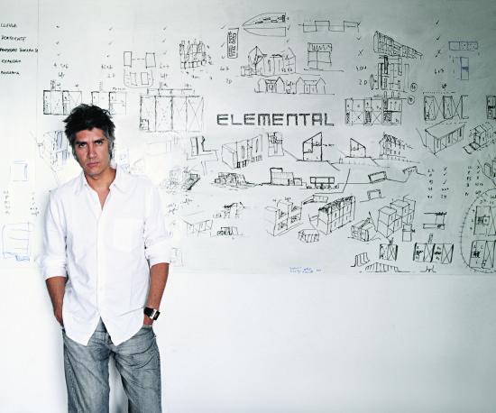 2016 Pritzker Prize winner Alejandro Aravena. (Courtesy la Biennale di Venezia)