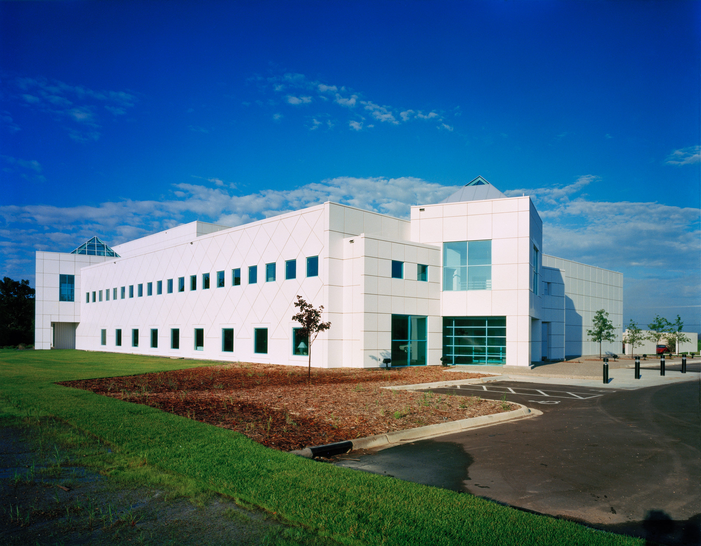 A look at prince s minneapolis estate paisley park for Building a home in mn