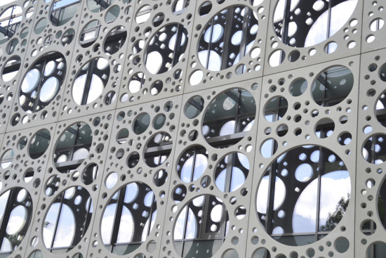 Facade detail, courtesy C. F. Møller Architects