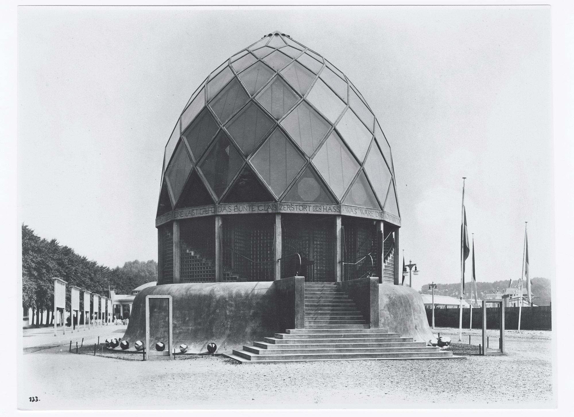 The glass house by bruno taut cologne werkbund exhibition 1914 baukunstarchive