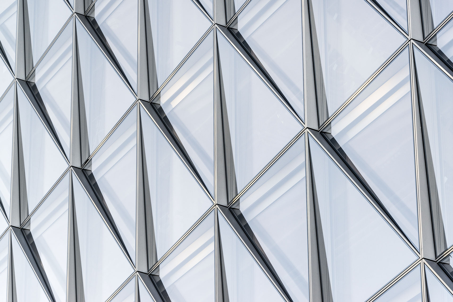 This Closed Cavity Facade By SOM Offers Unprecedenced