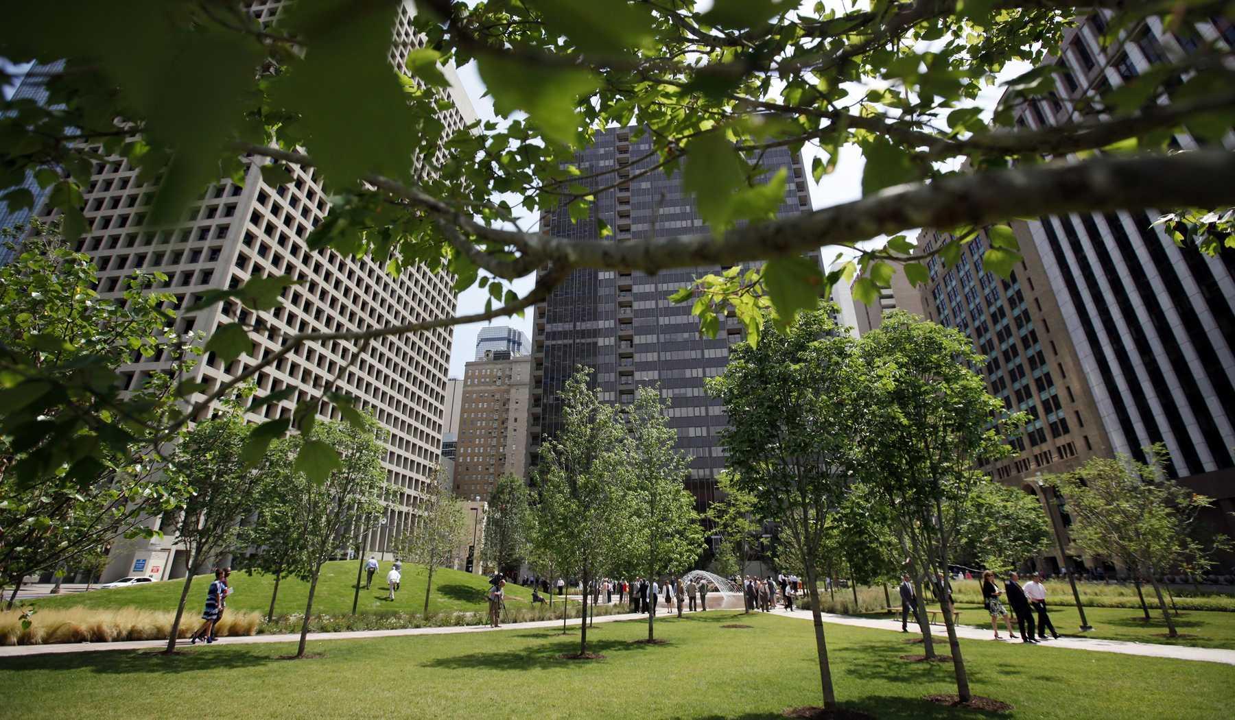 Dallas parks urban spaces by the dallas architecture - Dallas home and garden show 2017 ...