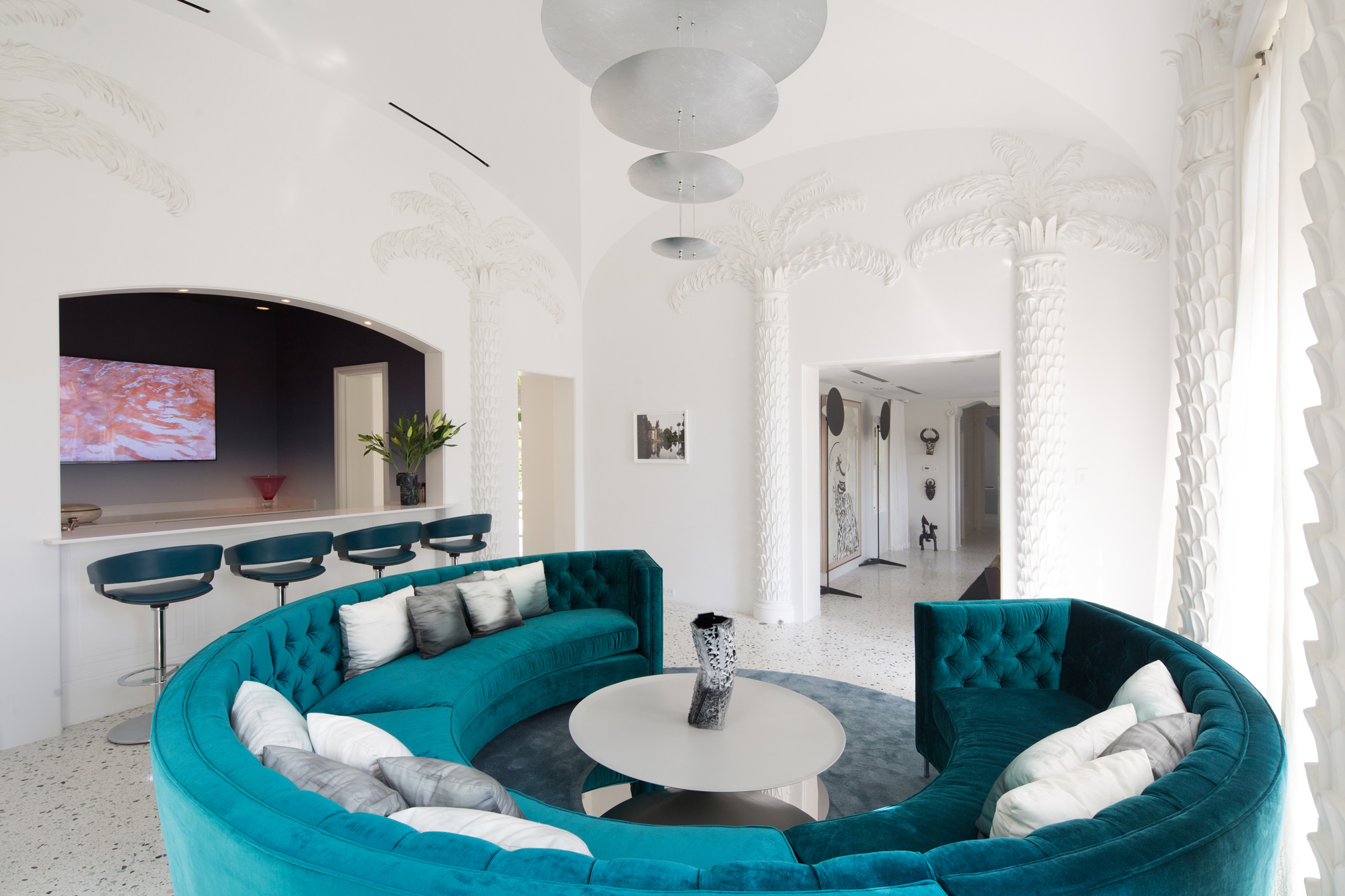 Reddymade Design Crafts An Art Filled Home In Miami Beach