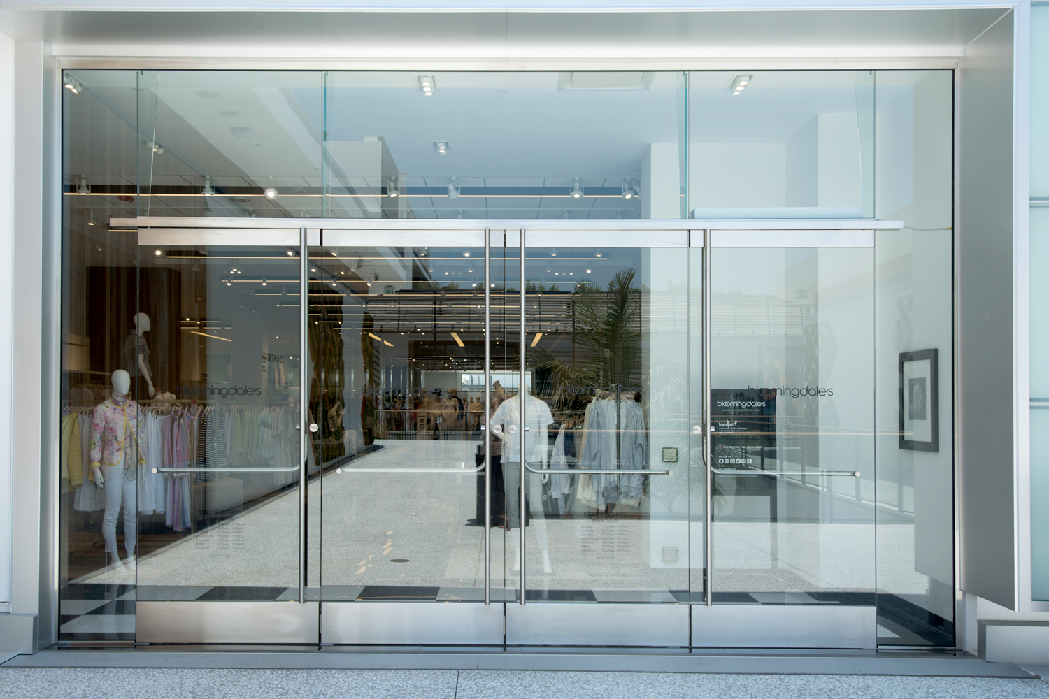 Specifying all glass entrance systems archpaper specifying all glass entrance systems courtesy cr laurence planetlyrics Choice Image