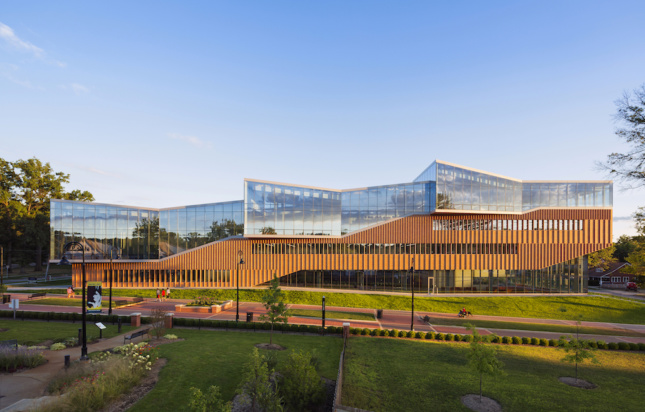 Building of the Year Midwest: Kent State Center for Architecture and Environmental Design (Albert Vecerka/Esto)