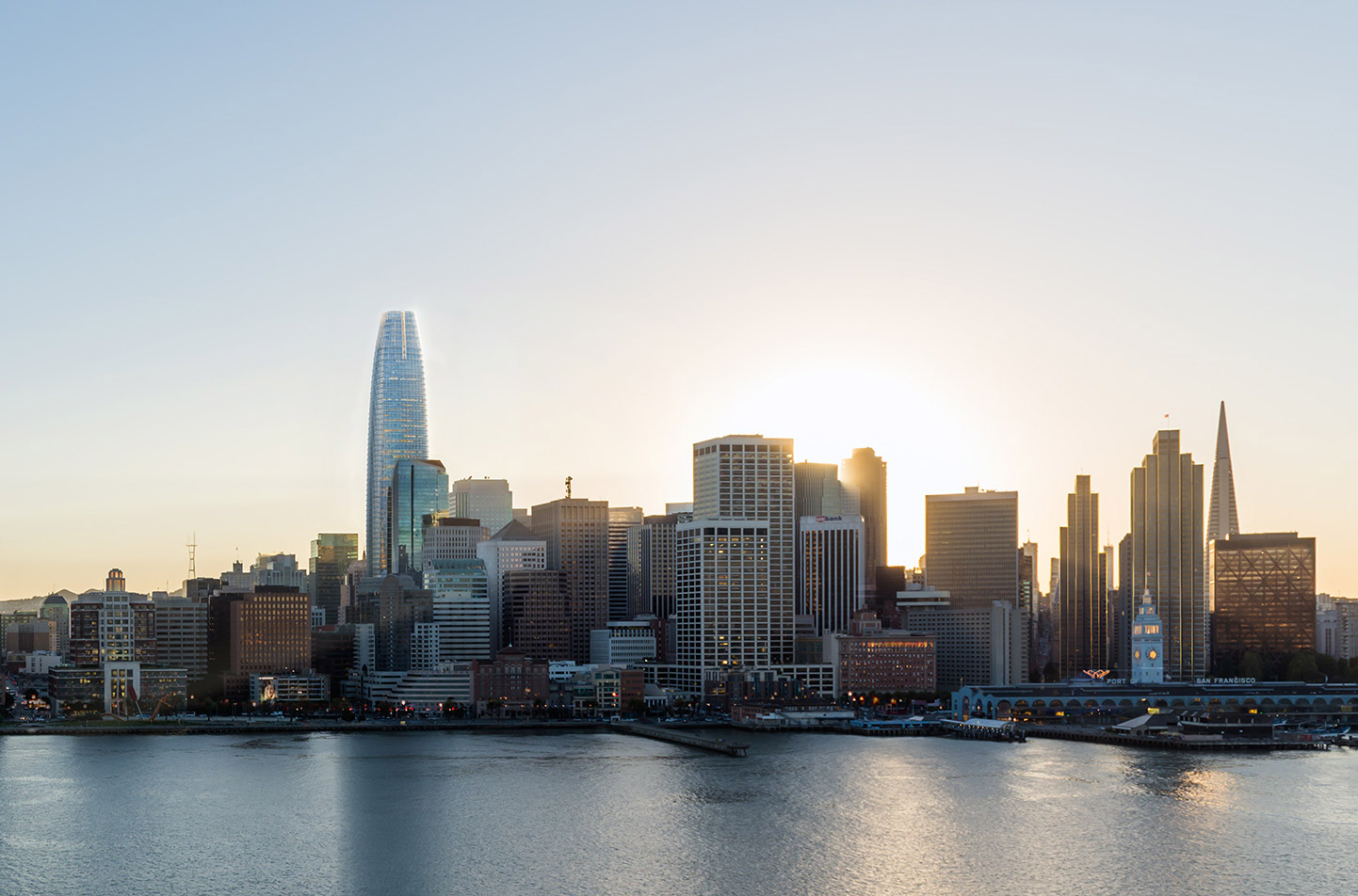 San Francisco S Skyline Topping Salesforce Tower Opens